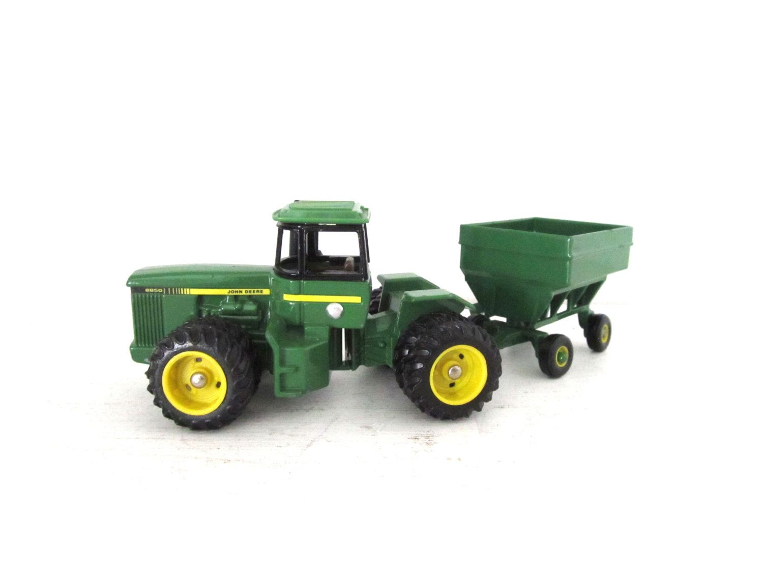 Vintage John Deere Toy Metal Tractor And Gravity Grain Wagon