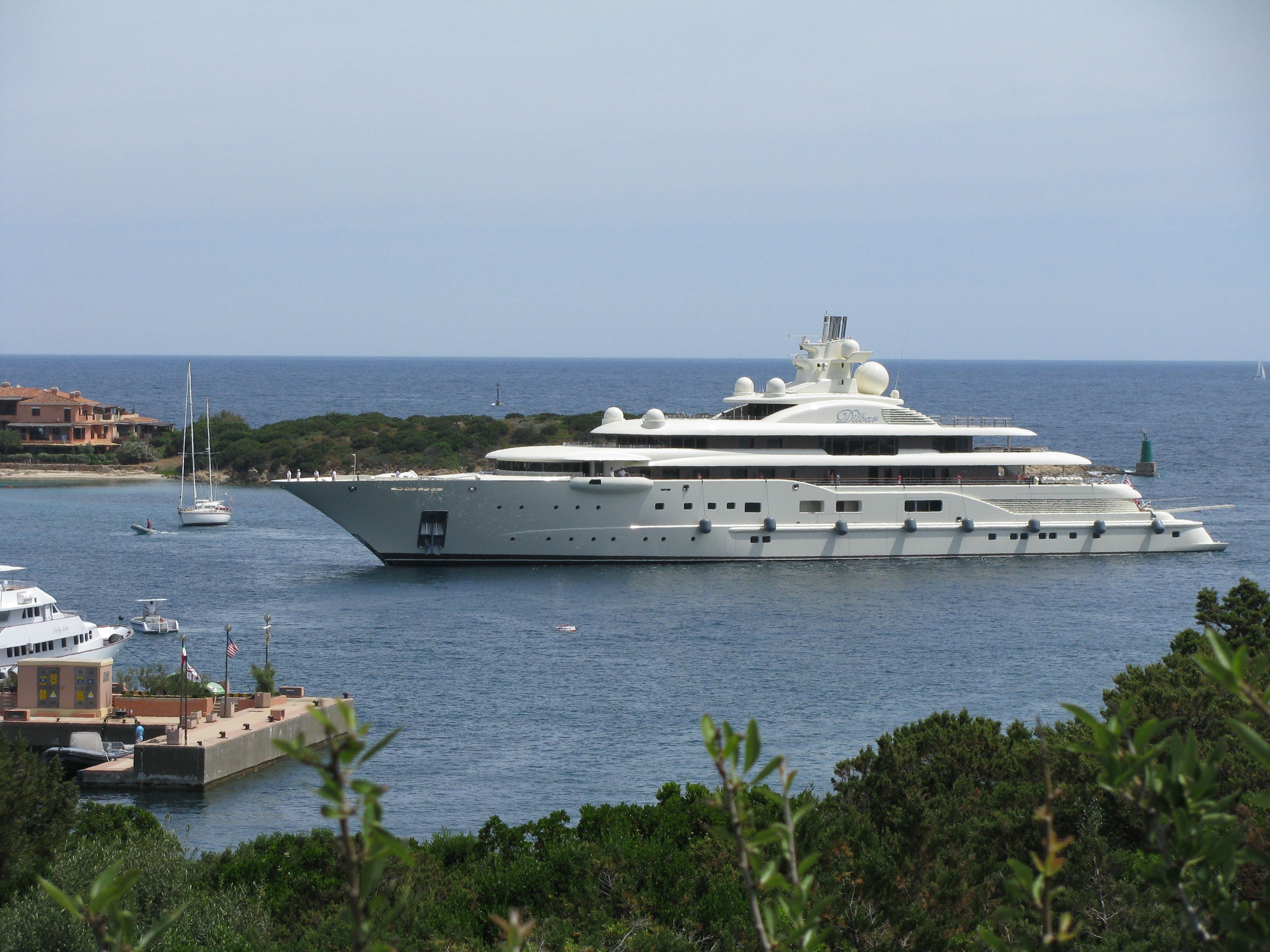 Pin By Wealthlife On Giga Yachts Expensive Yachts Most Expensive