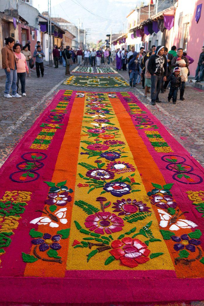 Alfombras de semana santa en antigua guatemala antigua Alfombras persas en mexico