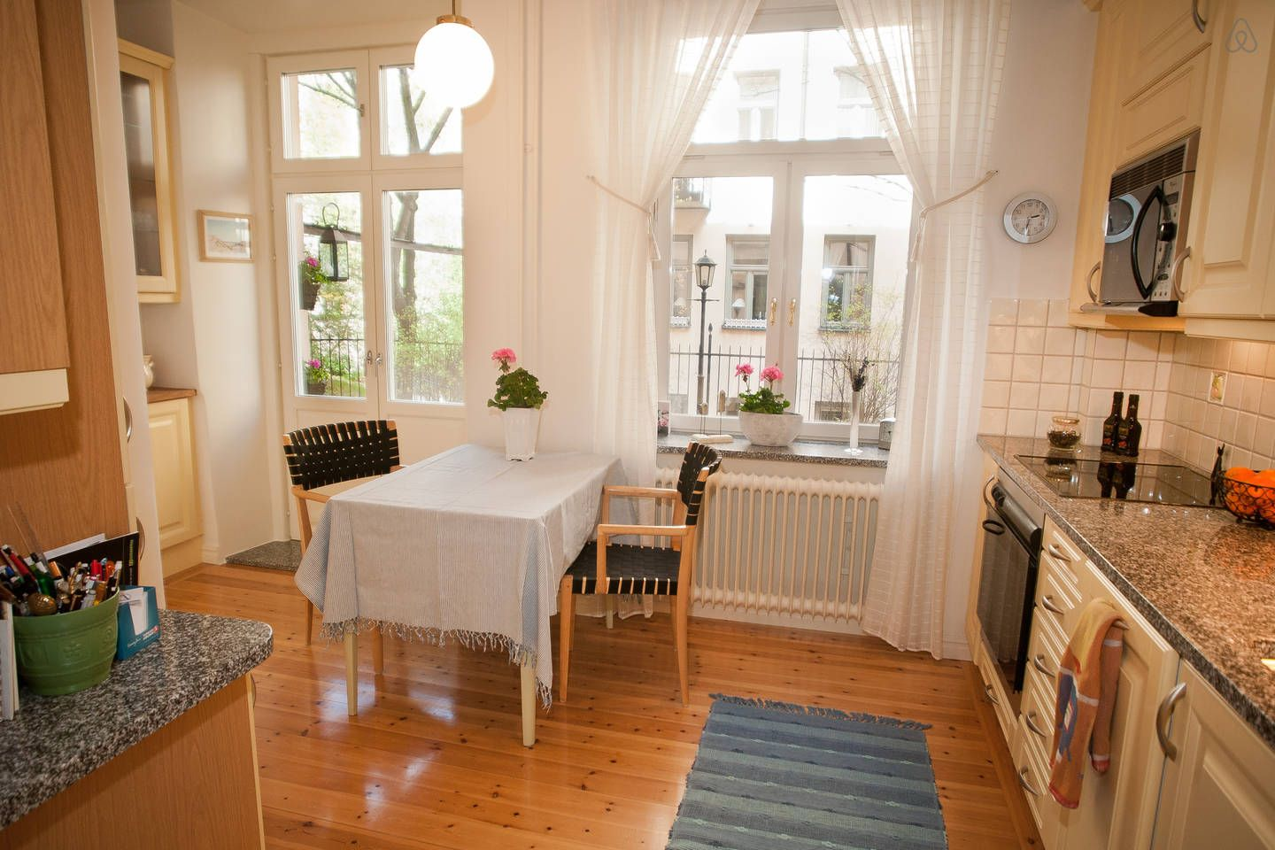 Airbnb Lyon 2 Lovely 3 Room In Central Stockholm Airbnb Scouting