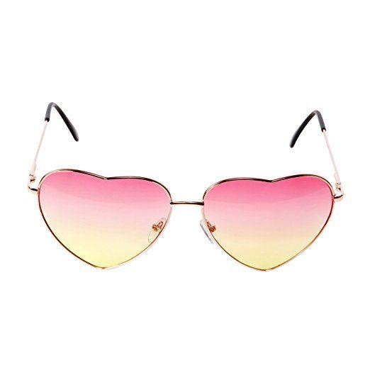 260c5c1713 Amazon.com  CENWOCON Heart Shape Sunglasses Beach Vacation Sunglasses Gold  Frame  Clothing