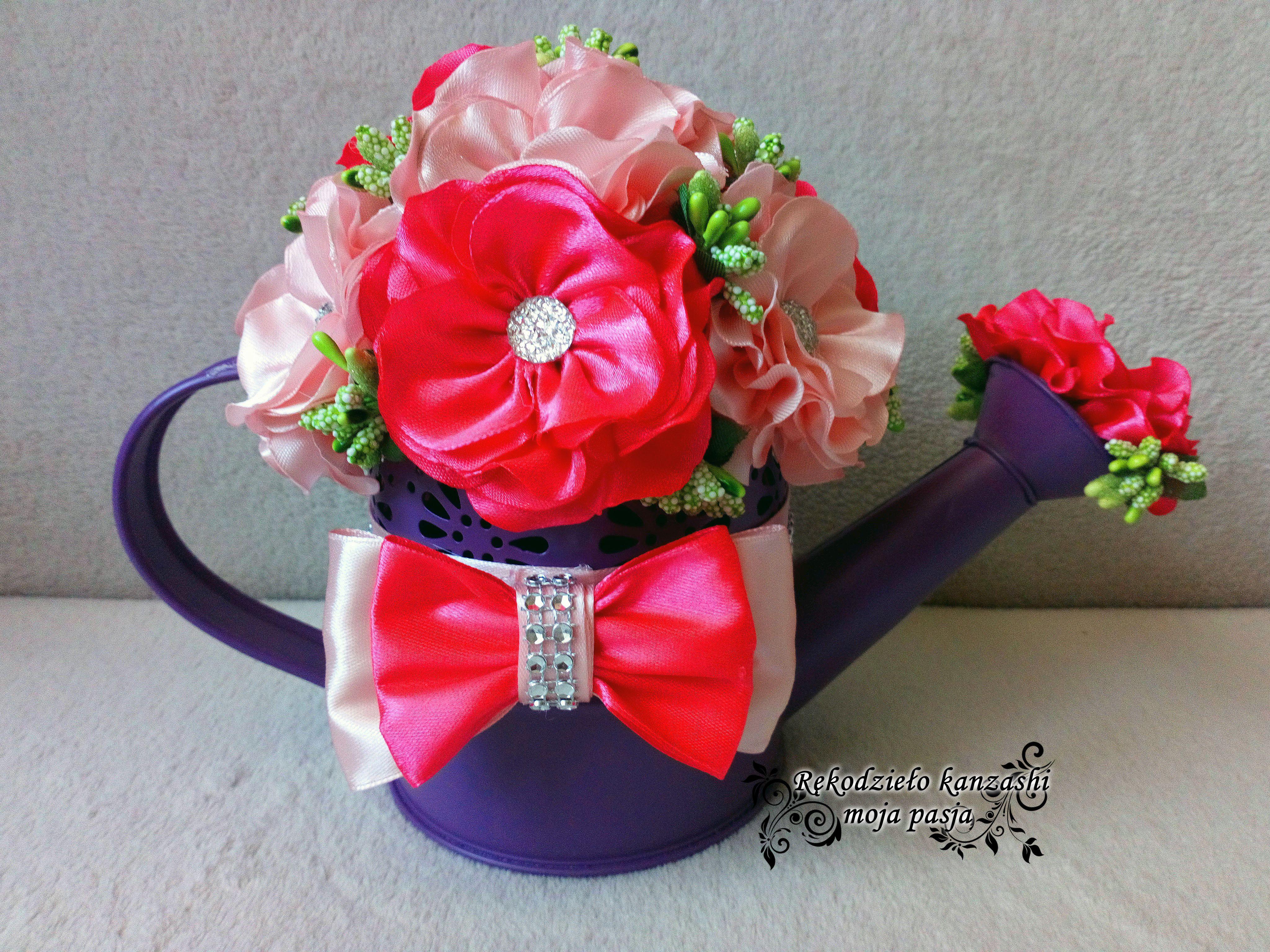 Flower Box Na Konewce Home Decor Decor Vase