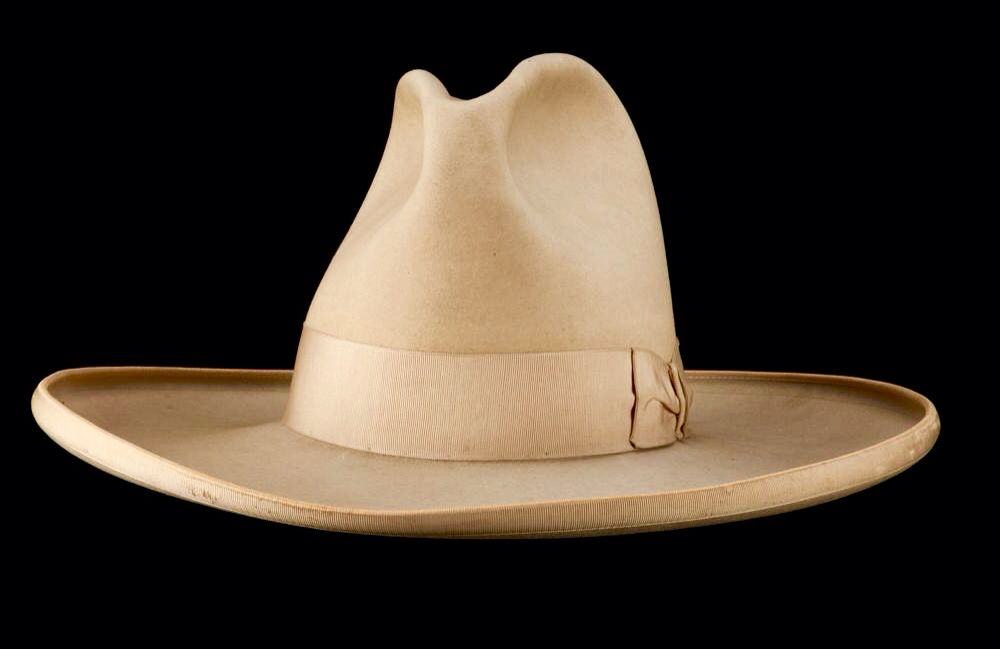 1e8f05f3cfaf5 Antique Tom Mix owned Stetson Western Hats