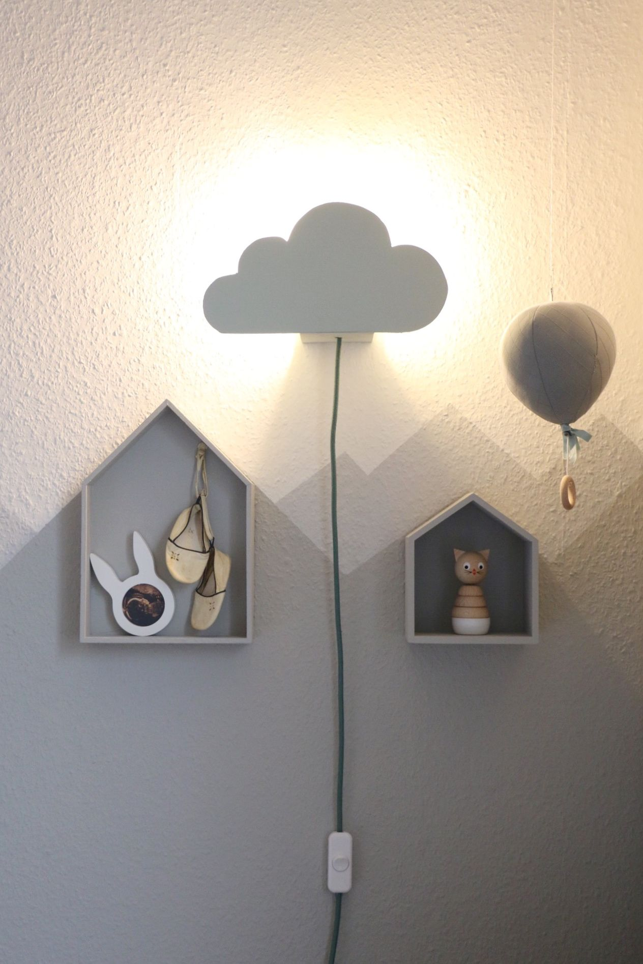 diy cloud lamp wolkenleuchte f r die wickelecke projects to try pinterest kinderzimmer. Black Bedroom Furniture Sets. Home Design Ideas