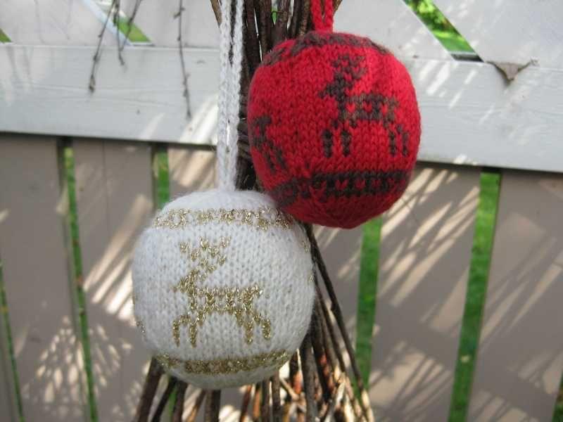 Knitting, neulottu