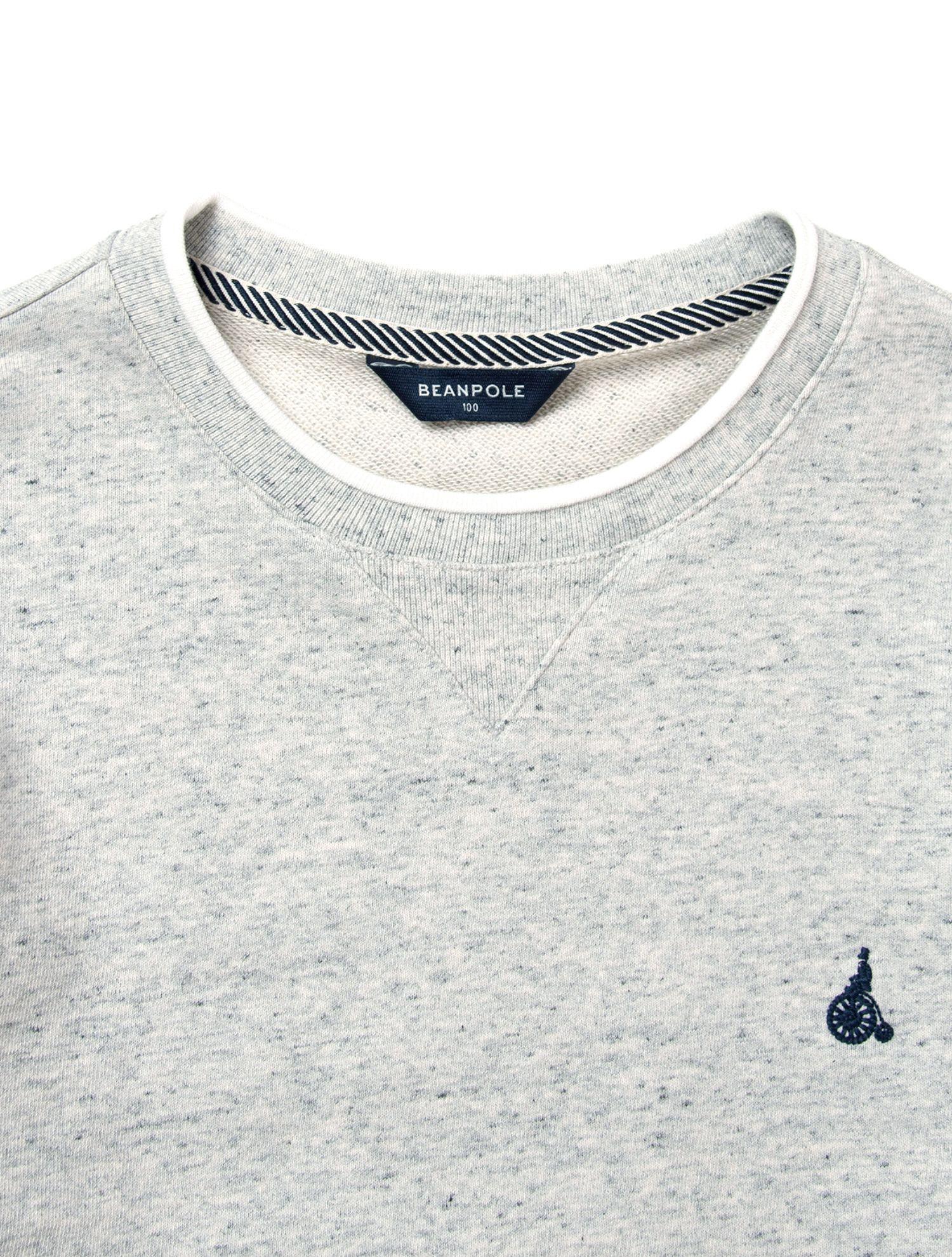 빈폴맨의 티핑 포인트 맨투맨 티셔츠입니다. 소매와 밑단 리브 부분에 포인트 배색을 더한 맨투맨입니다. 입체 조직을 사용해 겉감이 고급스러우며 심플한 디자인으로 활용도 높은 아이템입니다.