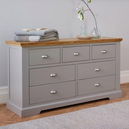 St Ives Natural Oak And Light Grey Painted 3 4 Drawer Chest Oak Bedroom Furniture Grey Bedroom Furniture Bedroom Chest Of Drawers
