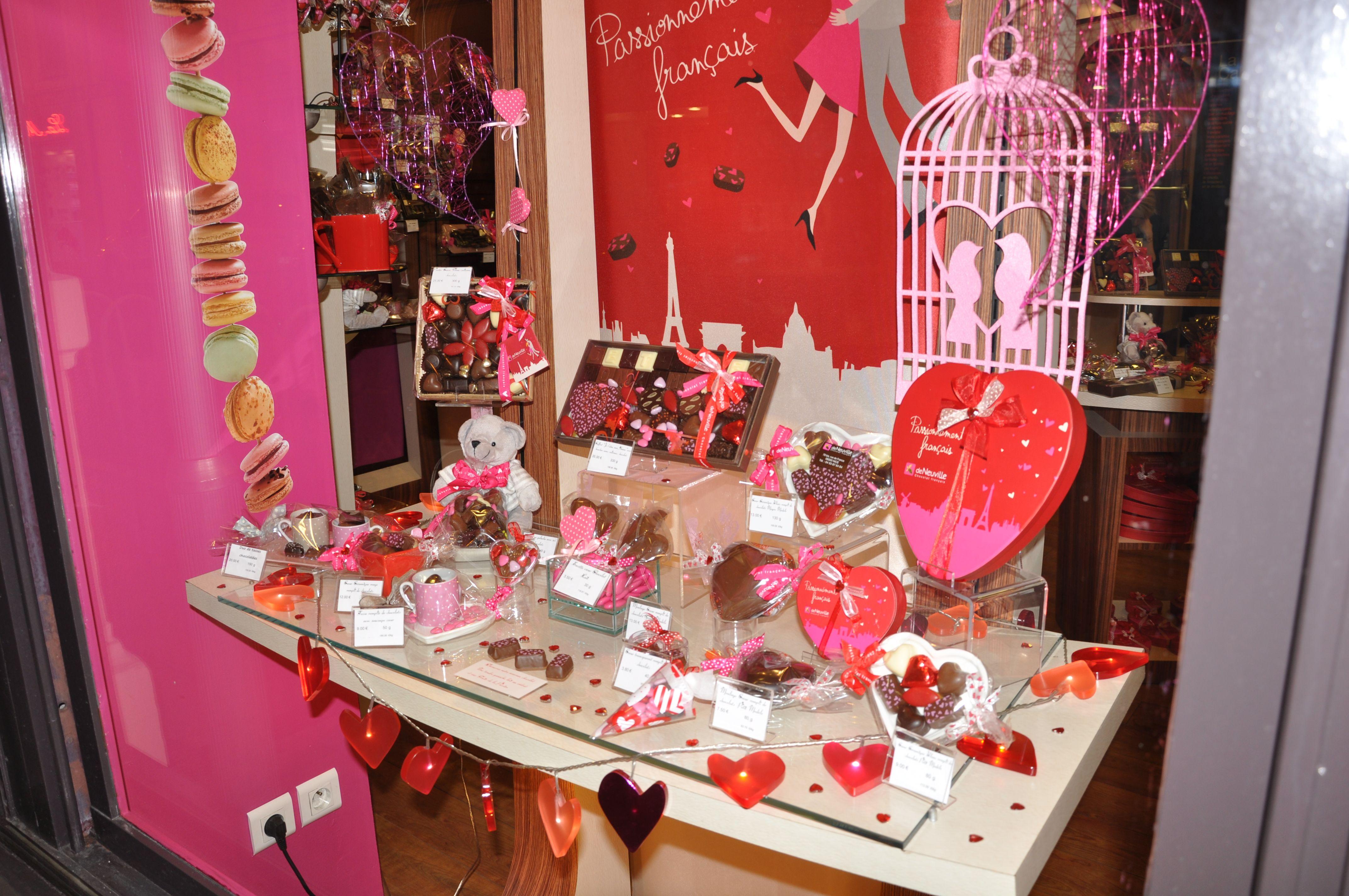 vitrine st valentin 2014 de neuville chocolat français nice | st