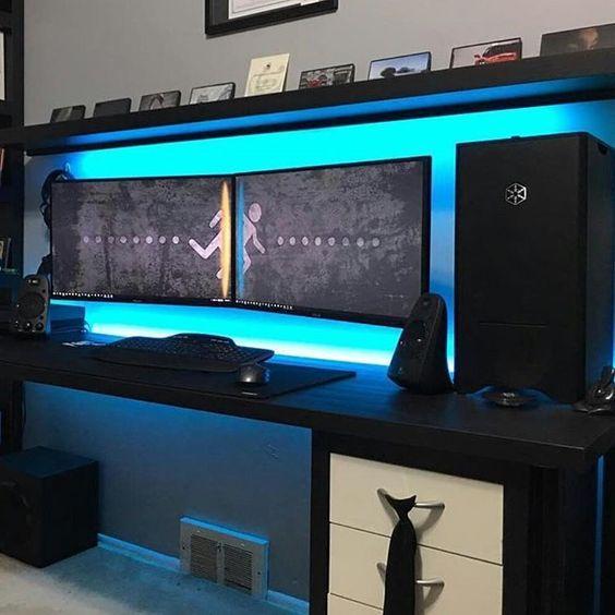 Erstaunlich schreibtisch f r dual monitor setup sofas for Schreibtisch 3 monitore