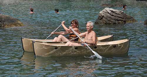 #Faltkatt, a foldable #catamaran Made in Austria. Weight: 13 kg/each boat, total weight: 38 kg. Size: unfoldet: Length: 285 cm, width 175 cm. http://faltkatt.jimdo.com/