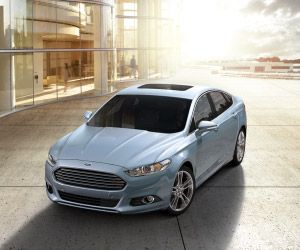 Ford Fusion Earns Honors From Aaa Ford Mondeo Hybrid Car Cars Uk