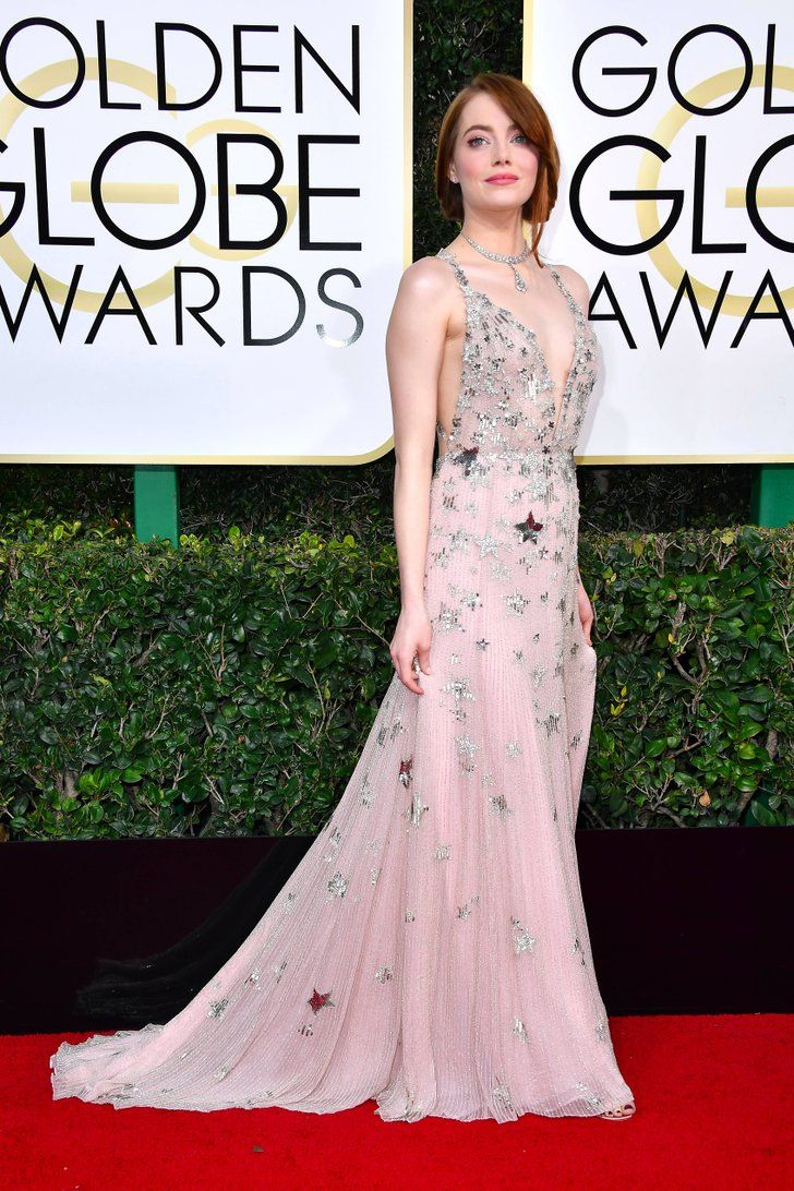 As Soon As You Zoom In On Emma Stone S Golden Globes Dress You Ll See Why She S A Star Golden Globes Dresses Red Carpet Dresses Nice Dresses