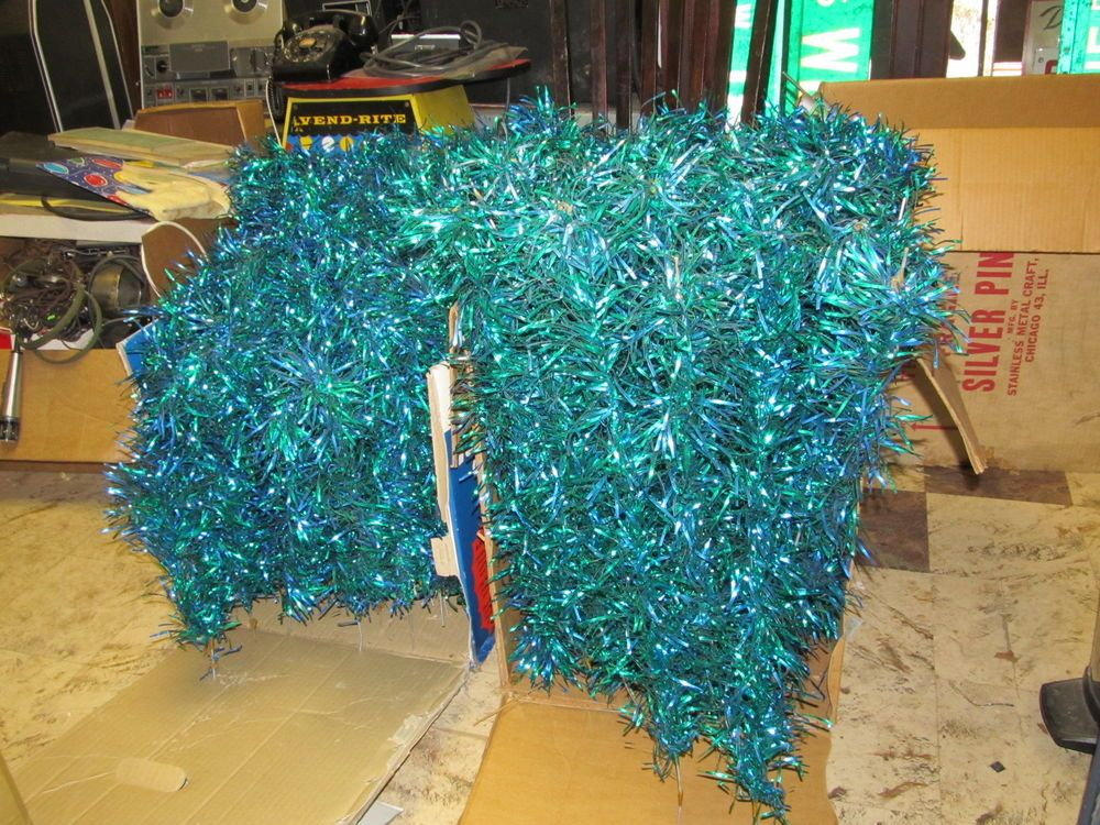 RARE Vintage Green & Blue Aluminum Christmas Tree Branches ONLY 185 pcs.    #36