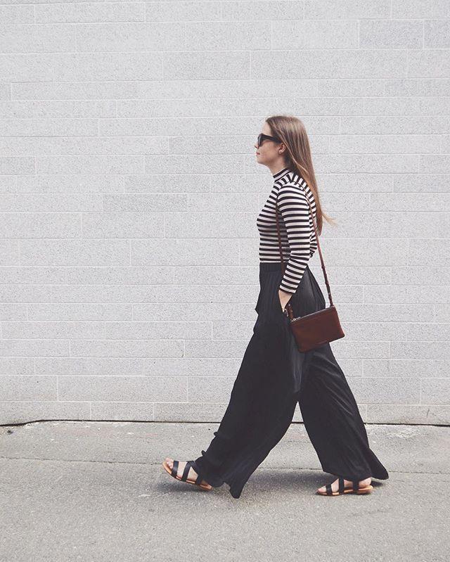 Basic VS fashion 📸 #tapforbrands #fashion #inspo #stripes #dressup #ootd #companysnorway #companysski #companysstrømmen #companysbyporten #companystrondheim
