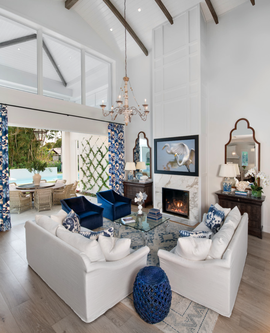 Best Beautiful Blue And White Transitional Living Room Décor 640 x 480