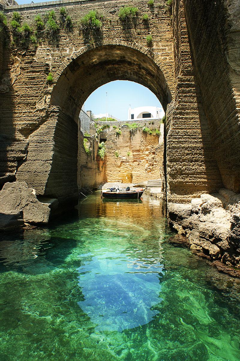 Santa Cesarea Terme Bagno Marino Archi Ammessi Cani Di Piccola