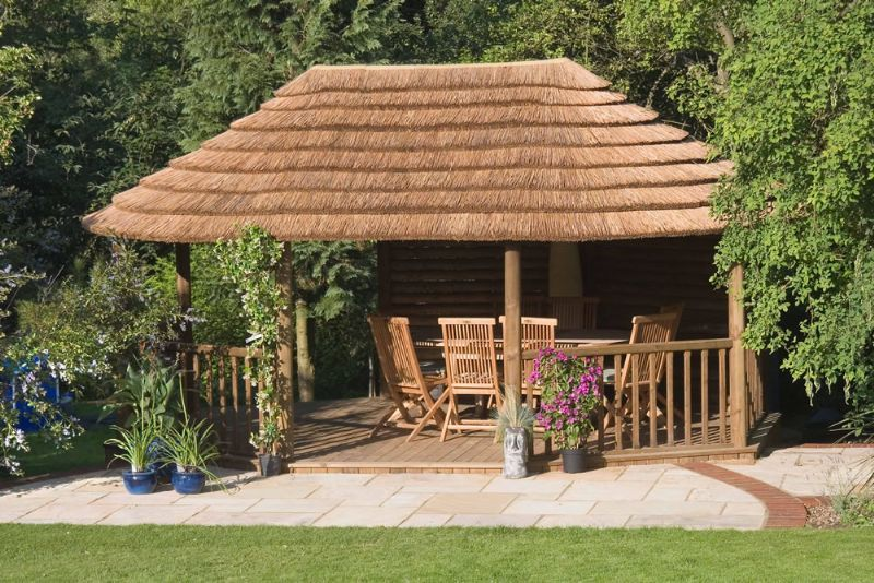 Thatched Garden Gazebo  African Thatch Wooden Garden Gazebos And Canopies & Thatched Garden Gazebo :: African Thatch Wooden Garden Gazebos And ...
