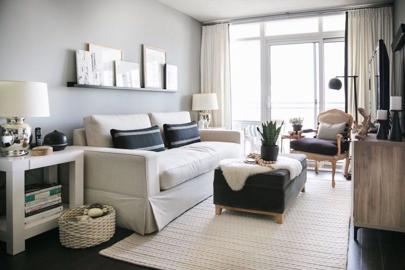 Step Inside A Sophisticated 750 Sq Ft Toronto Apartment Condo Living Room Small Living Room Decor Livingroom Layout
