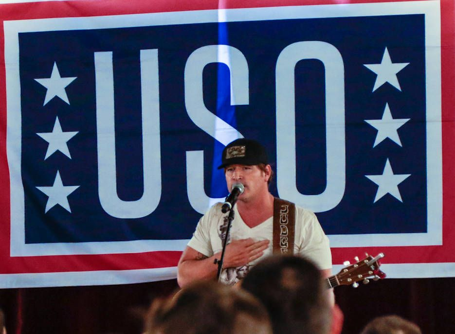 Country music artist jerrod niemann performs during the