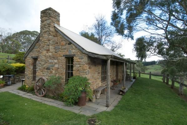 Gumtree Cottage Adelaide Hills South Australia Country House Design Country Home Exteriors French Country Houses Exterior