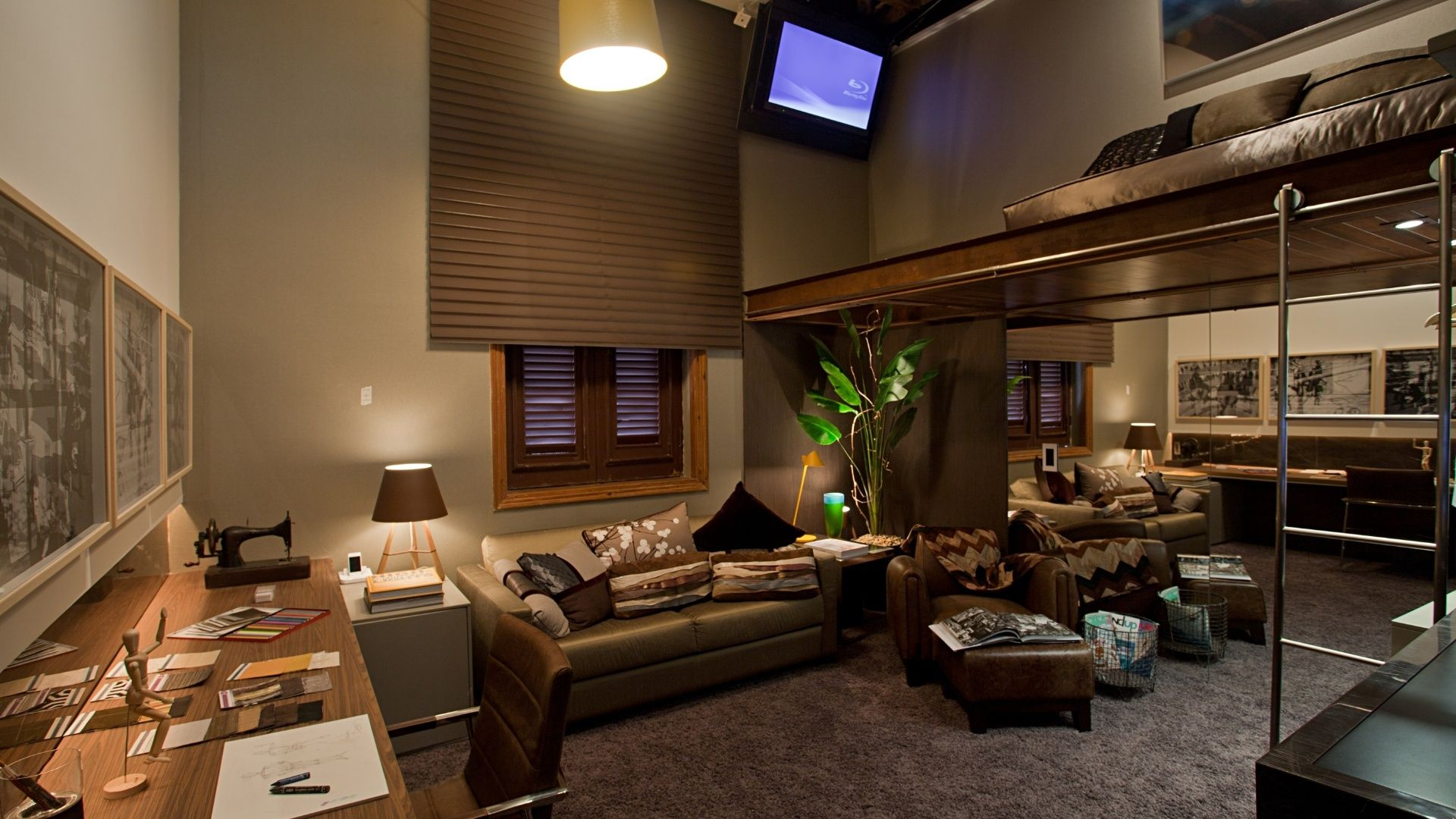 Carregada de móveis e com mix de acabamentos, Casa Cor Rio foge do perfil praiano