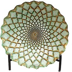 Casa Cortes Hand-painted Gold Weave Artisan Glass Decorative Plate | Overstock.com Shopping  sc 1 st  Pinterest & Casa Cortes Hand-painted Gold Weave Artisan Glass Decorative Plate ...