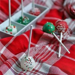 These cake pops are little bites of heaven - and perfectly portion controlled!