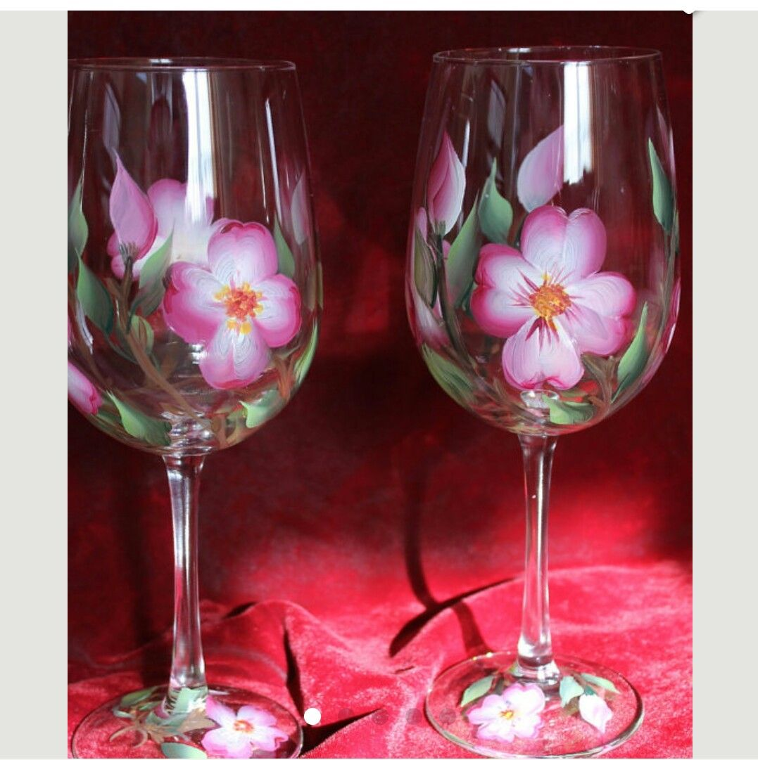 Pin By Home Sweet Home On Glass Paintings Hand Painted Wine Glasses Painted Wine Glasses Hand Painted Glassware