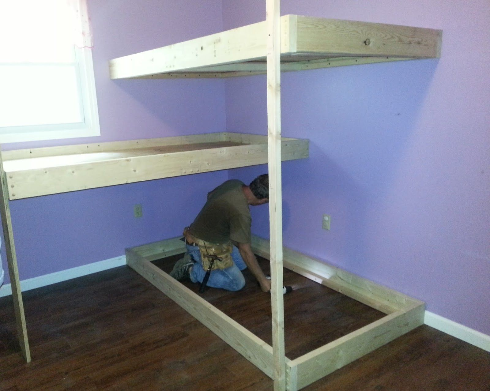Triple bunk beds for teenagers - Diy Instructions For A Cool Bunk Bed