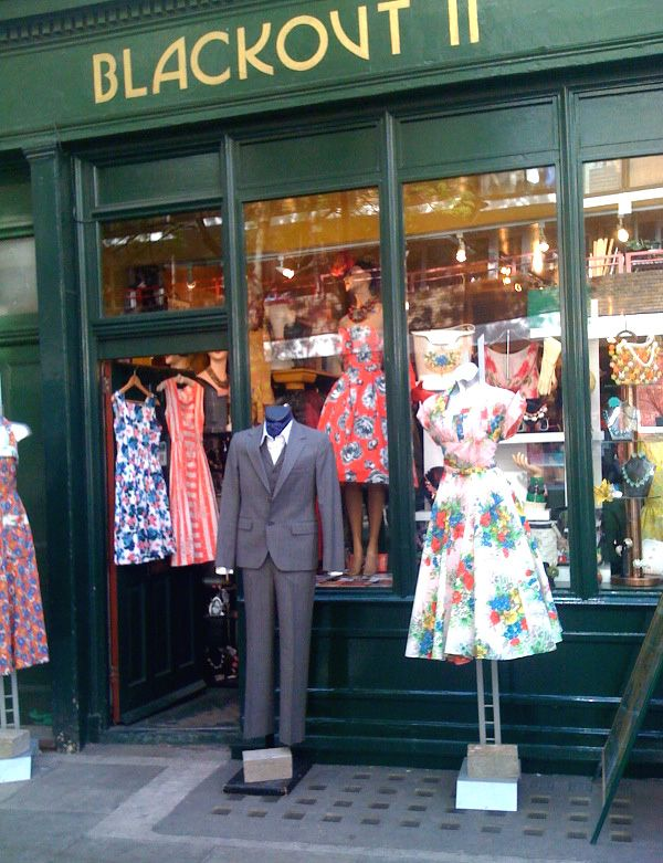 Vintage Shop London Vintage London Vintage Shops Girls Shopping
