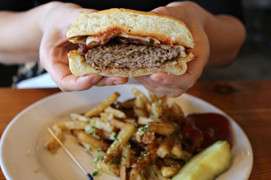 Burger Up in East Nashville | Restaurants to visit in Nashville