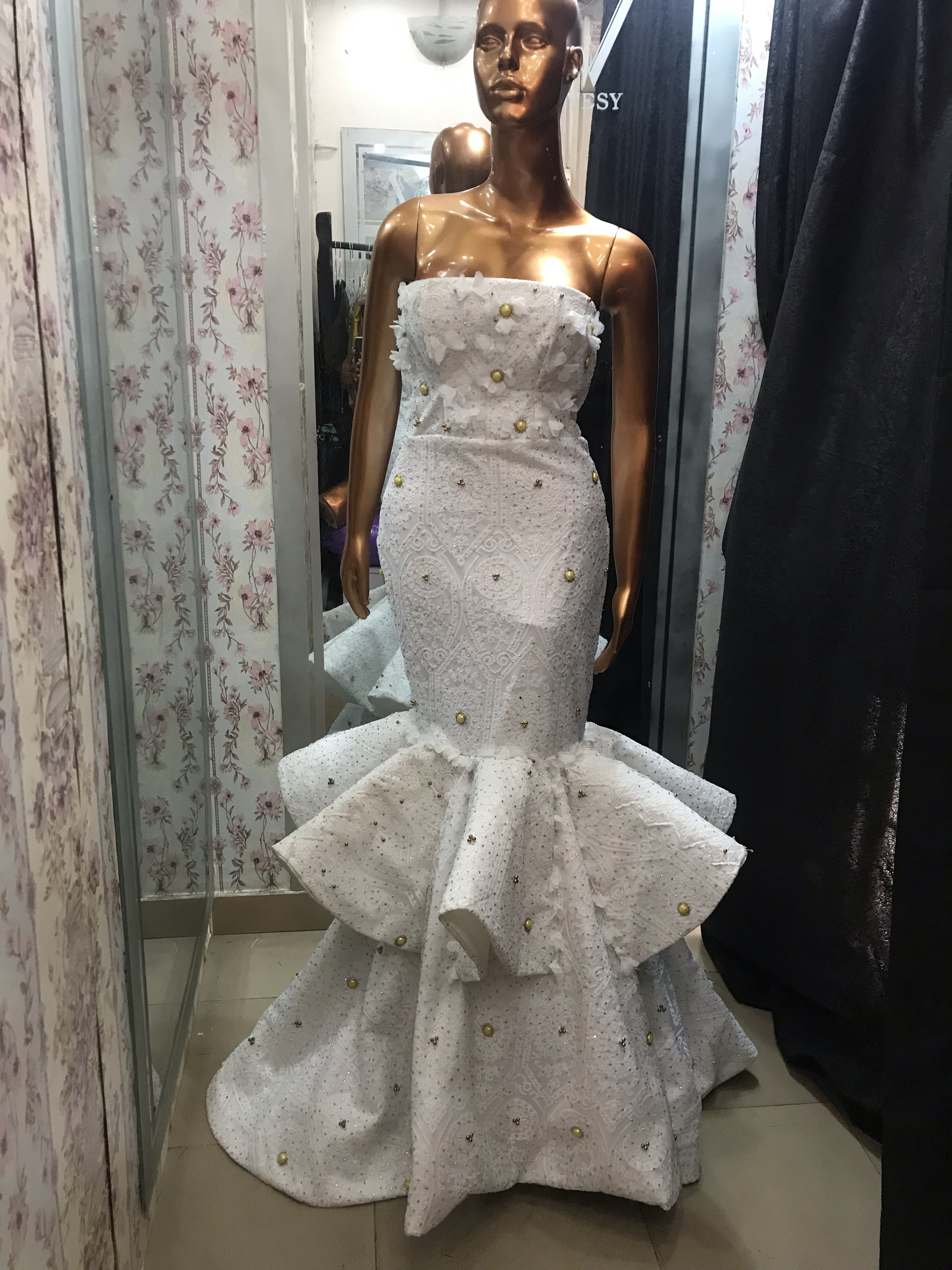 White Awesomeness Reception Dress Idea Traditional Outfit For An Edo Bride In Nigeria Wedding Reception Dress Reception Dress Wedding Guest Suits [ 4032 x 3024 Pixel ]