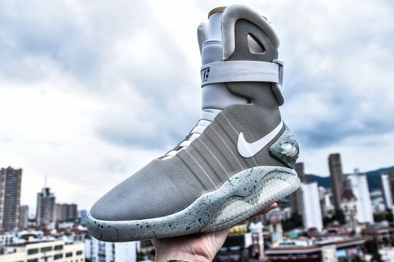 outlet store 3bbe2 18e53 耐克灯鞋回到未来自动系鞋带 417744-001 NIKE AIR MAG