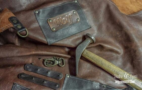 Duke & Sons apron with leather tooled name tag