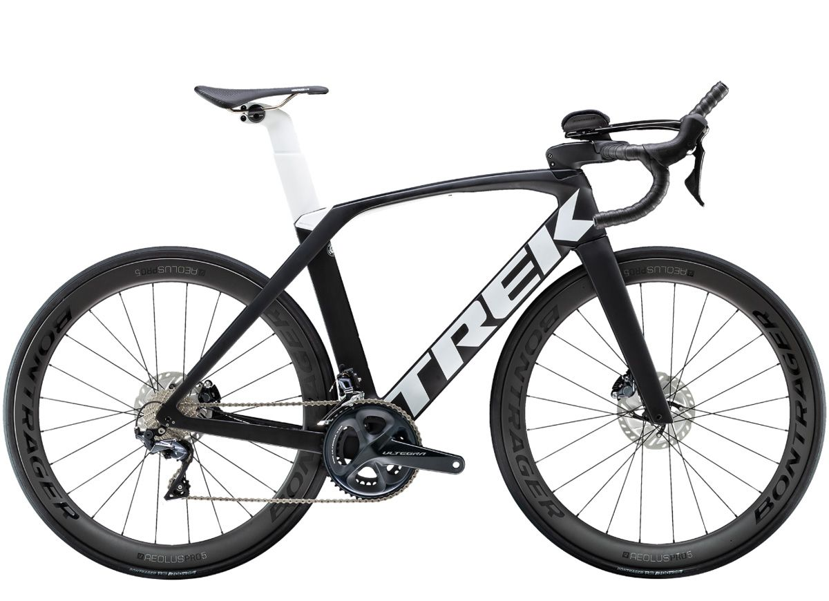 Trek Madone Speed Blends Tri Road Using Integrated Removable Aero Bars Bikerumor Trek Bikes Trek Madone Triathlon Bike