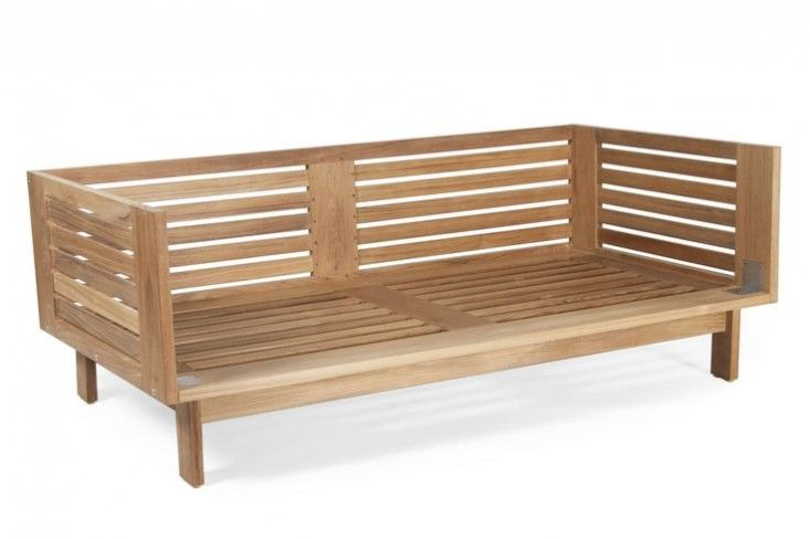 10 Easy Pieces Wooden Garden Benches Gardenista Teak Outdoor Furniture Outdoor Sofa Wooden Garden Benches