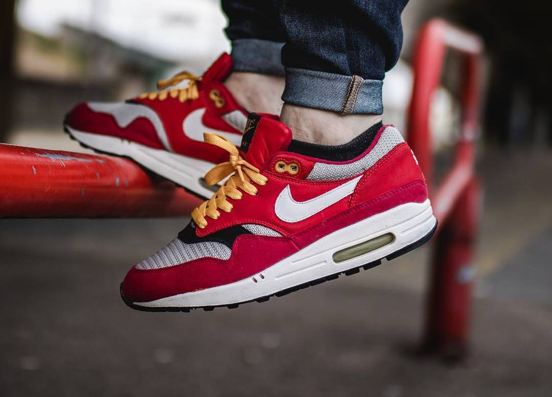 san francisco 9c756 89090 ... perfect fit for your sneakers  ShoeTree  SoleTrees  ShoeTrees. Find  this Pin and more on Sneakers by Sole Trees. Nike Air Max 1  Urawa Dragon   - 2004 ...