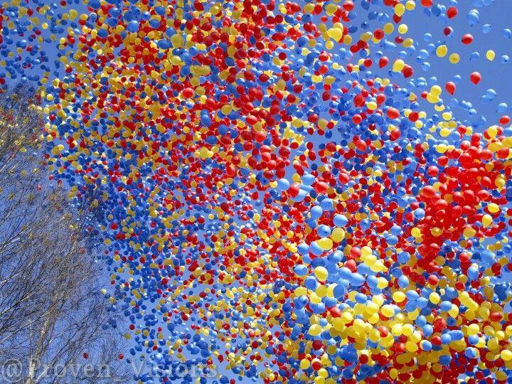 Balloons. #spring #nature #sky #Blue #sun