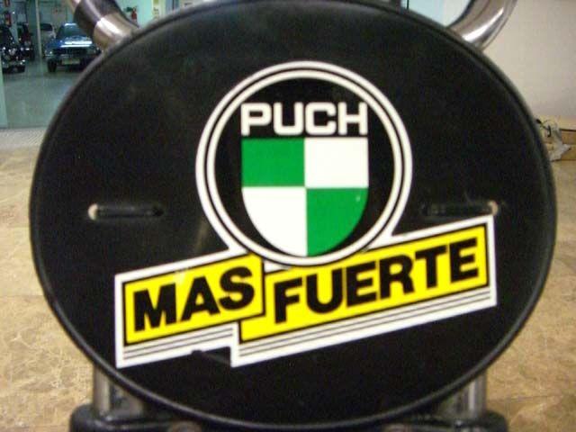 MARCA: PUCH MODELO: MAGNUM X CARACTERÍSTICAS: 49 C.C., AUTOMÁTICA, IDEAL PARA NIÑO, MUY BUEN ESTADO, CORRECTO FUNCIONAMIENTO.  AÑOS 80 PRECIO: VENDIDA  MÁS INFORMACIÓN EN: http://antequeraclassic.com/puch_magnum_x.htm
