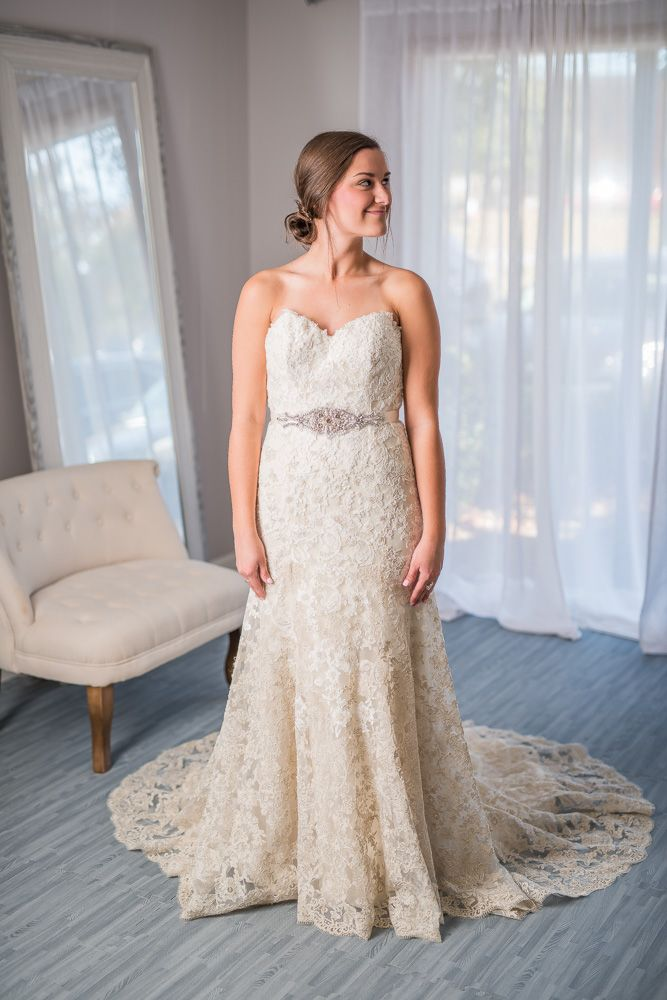 Sweetheart Neckline, Strapless, All Over Lace. Save Thousands On Designer Wedding  Dresses. Wedding Dresses Under $1,000 Online. Rent Wedding Dresses.