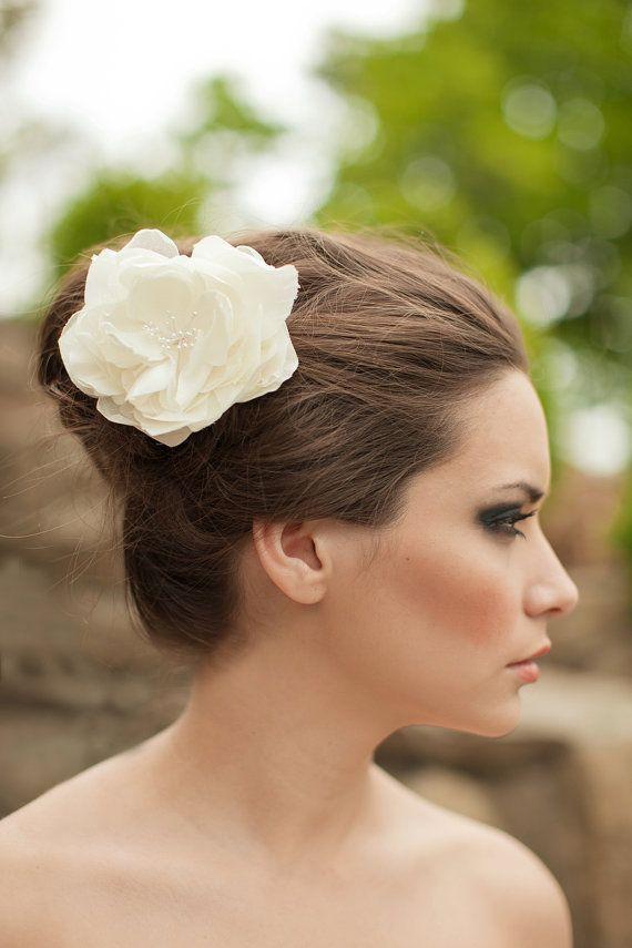 Bridal Silk Flower Wedding Hair Fascinator Headpiece Ivory White Clip Large