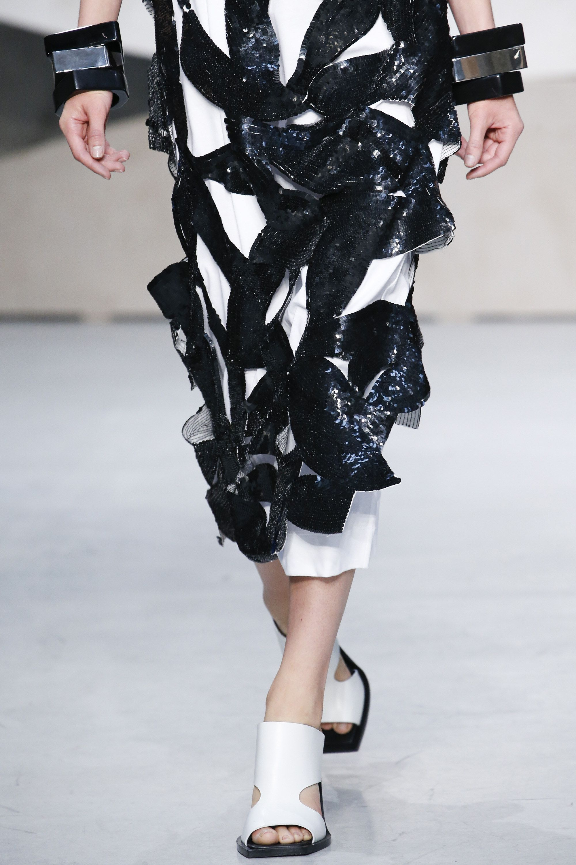 Marni Spring 2016 Ready-to-Wear Fashion Show | PRET-A ...