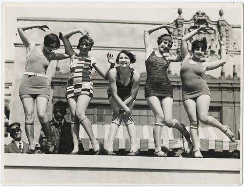 Rebellious Roll Garters  1920-1930