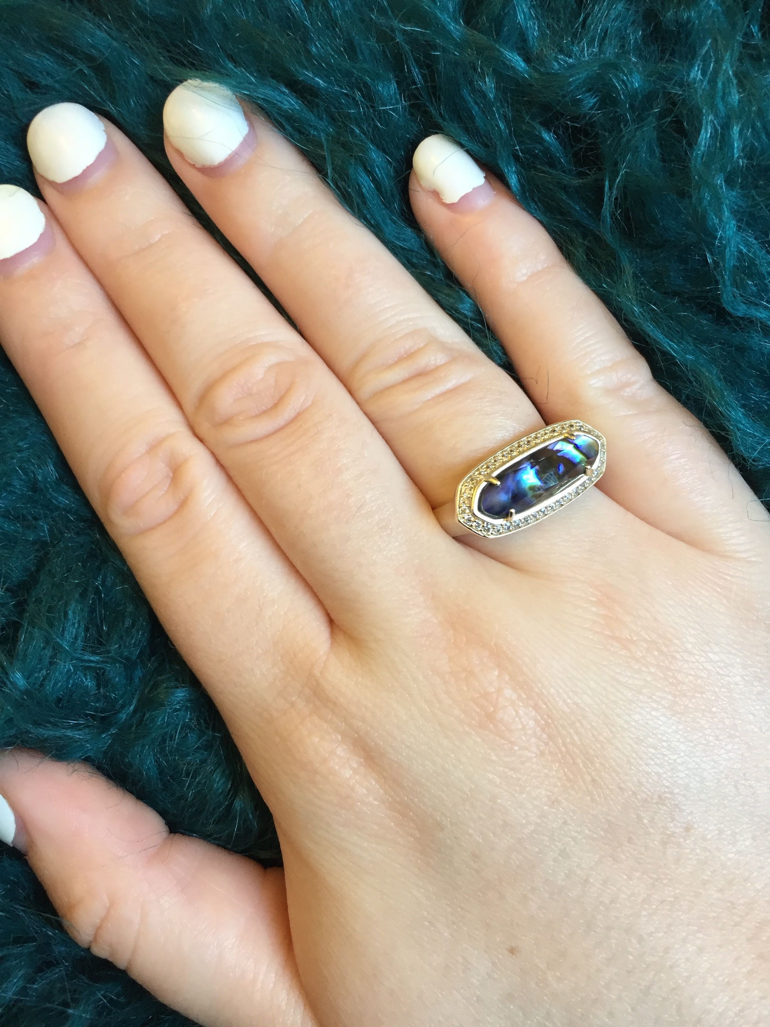 with cathedral carat setting abalone ctw any ring can from a engagement by shape stone this design be diamonds rings accented aquila round pav popular is cobalt the