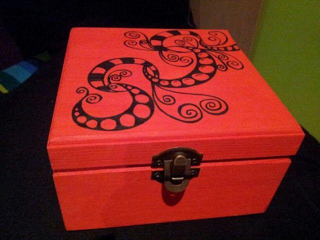 Artenomi cajas pintadas a mano ideas para crear - Cajas de madera pintadas a mano ...