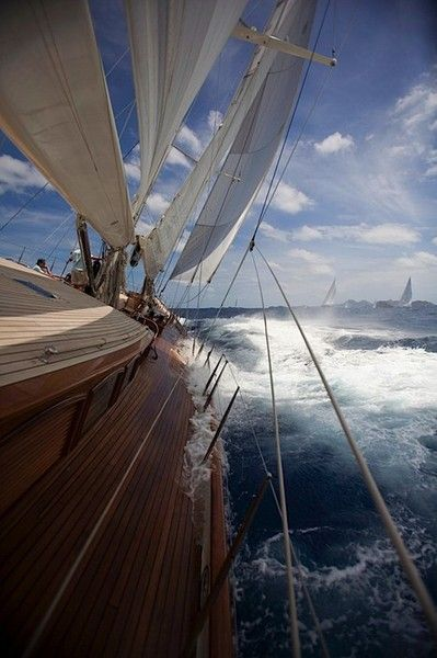 Nice sailing picture from deck