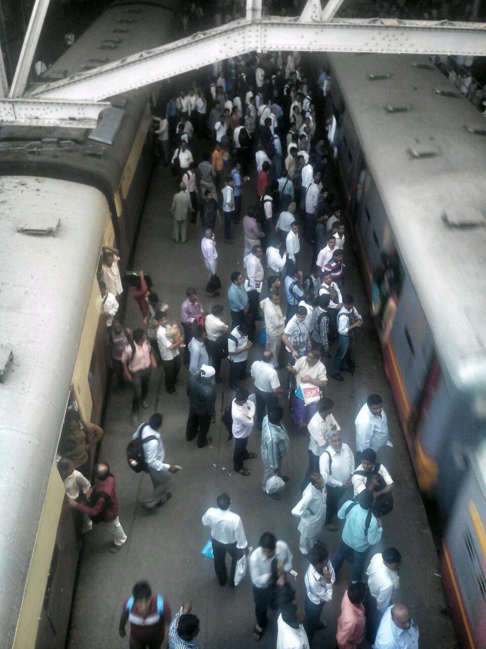 Rajendra B  Aklekar on | Mumbai Trains | Mumbai, Train