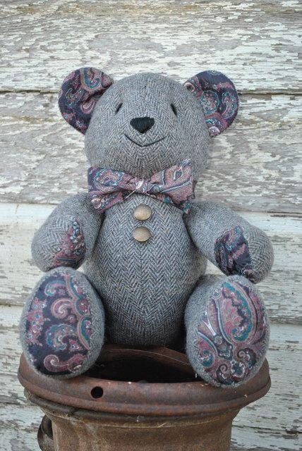 Memory Bear, Jointed 18 Inch, Memorial Teddy Bear, Heirloom Bear by CarolynsBears on Etsy https://www.etsy.com/listing/216565056/memory-bear-jointed-18-inch-memorial