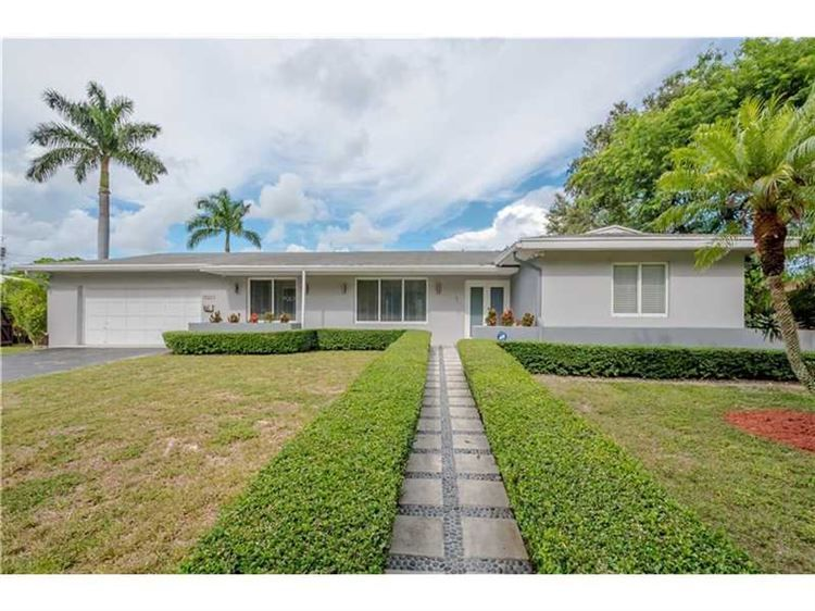 15223 SW 87th Ave, Palmetto Bay, FL 33157 - Listing #: A10095809