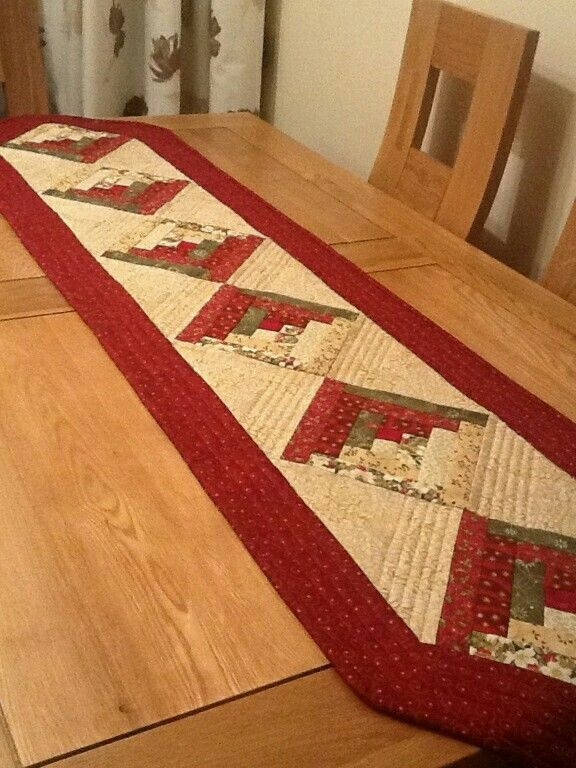 Camino Log Cabin Navide 241 O Quilting Patchwork Table